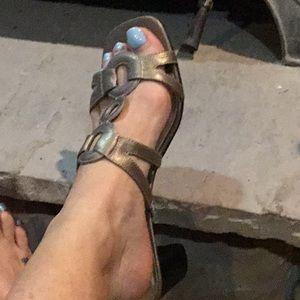 Karen Scott comfortable slip on heels
